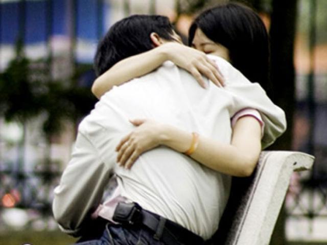 Ám ảnh chuyện mẹ đưa bạn gái 15 tuổi của con trai đi phá thai