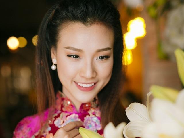 Hoàng Oanh tiết lộ 2 người đàn ông khiến mình hạnh phúc hơn cả bạn trai Huỳnh Anh