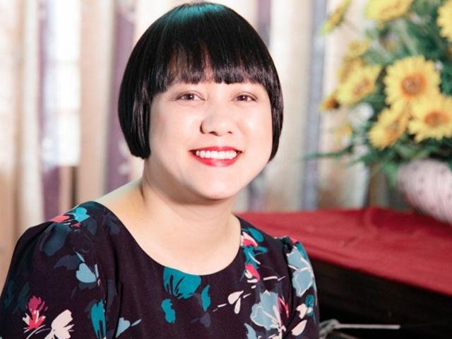 Mẹ Ngọc Linh Tình thơ không muốn con gái quay lại showbiz sau nhiều năm bình yên