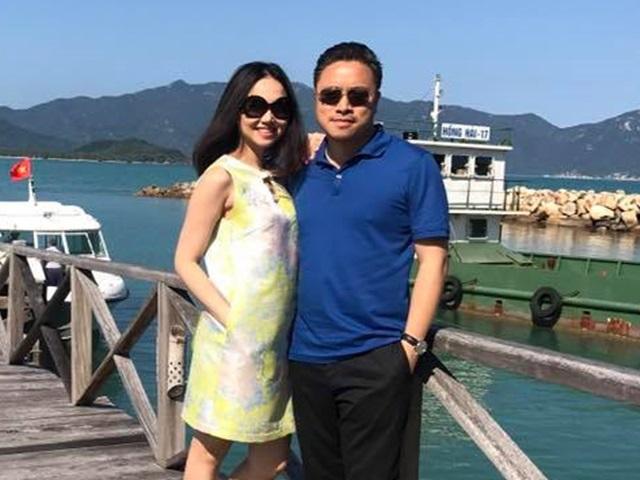 Vợ chồng Đinh Ngọc Diệp - Victor Vũ thắm thiết đi du lịch kỷ niệm 1 năm ngày cưới