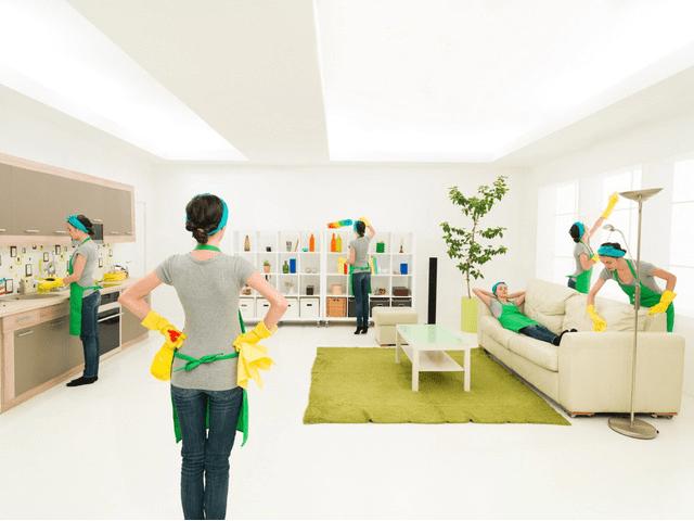 Ở nhà dọn dẹp, bạn vẫn có thể có dáng đẹp nếu kết hợp những động tác sau
