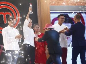 Mẹ 3 con Kiwi Ngô Mai Trang chiến thắng thuyết phục Vua đầu bếp với thực đơn hoành tráng