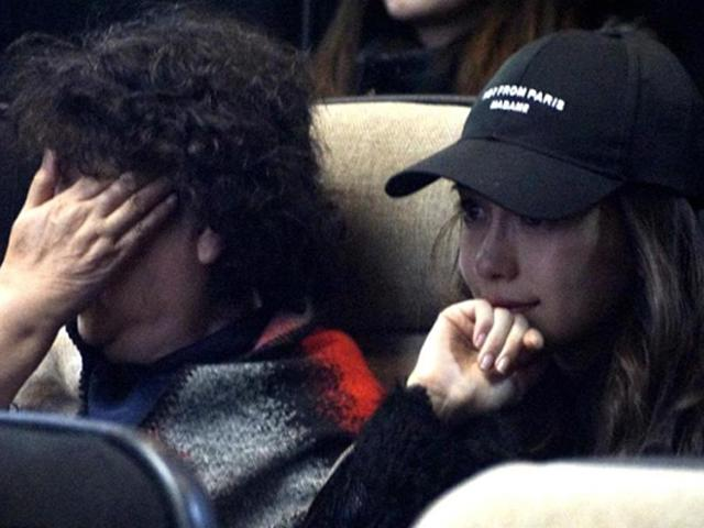 Xem phim của Huỳnh Hiểu Minh, Angelababy và mẹ chồng rơi nước mắt vì xúc động