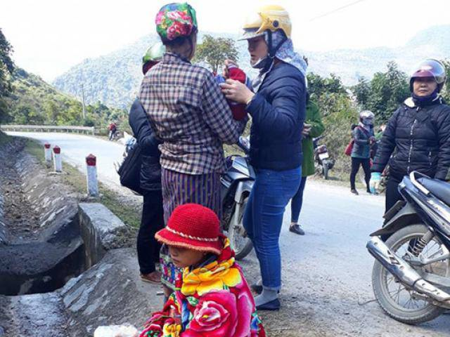 9 cô giáo tiểu học thành bà đỡ đẻ cho sản phụ vỡ ối bên đường