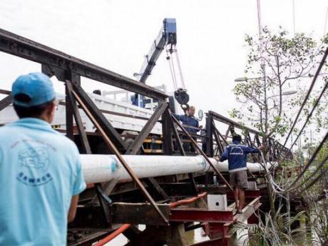 Vụ sập cầu Long Kiểng: Nối nhịp cầu trước Tết Nguyên đán 2018