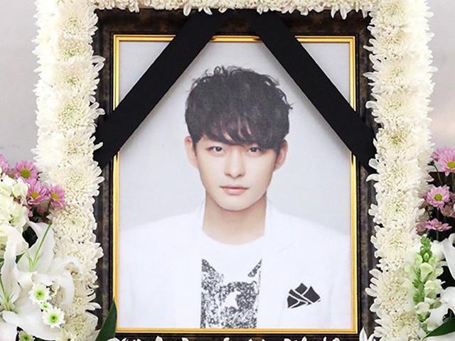 Di ảnh em trai Ha Ji Won trong nhà tang lễ khiến nhiều người chết lặng