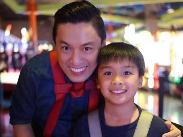 Lam Trường tự hào khoe con trai Kiến Văn vừa tài năng, vừa học giỏi