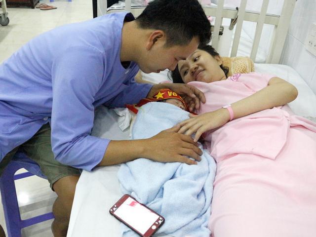 Cậu bé chào đời đúng giây phút Quang Hải ghi bàn trong trận chung kết U23 châu Á
