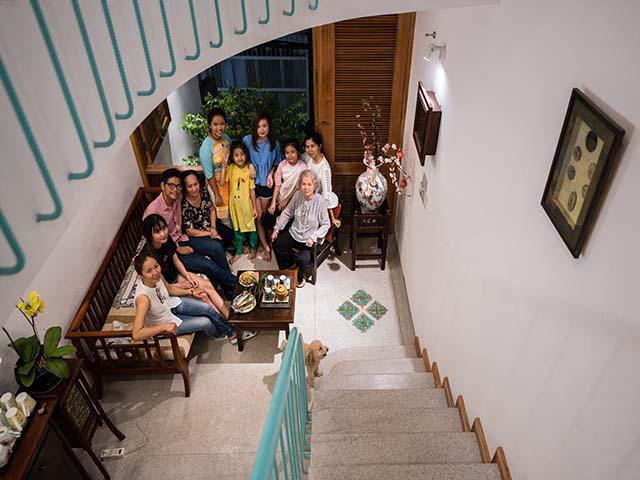 Ngôi nhà nằm trong nhà đẹp mê mẩn của gia đình nhiều thế hệ tại Sài Gòn