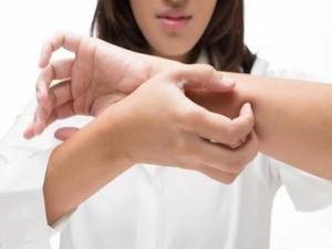 Điều trị chứng ngứa da mùa lạnh