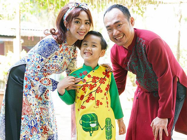Quý tử nhà Thu Trang - Tiến Luật lần đầu tiên đóng hài cùng bố mẹ
