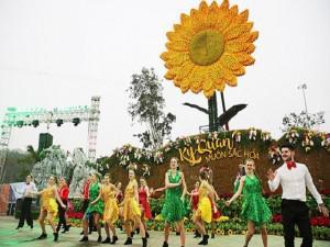 Tưng bừng khai mạc lễ hội hoa giữa lòng di sản Hạ Long