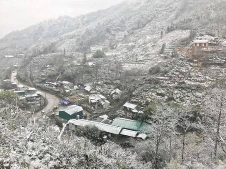 Tin tức 24h: Sa Pa, Y Tý (Lào Cai) có thể xuất hiện mưa tuyết trắng trời vào đêm nay