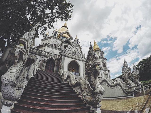 Đến Sài Gòn, ghé ngay ngôi chùa Bửu Long cầu may đầu năm 2018