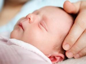 Những lưu ý mẹ cần nhớ khi mua bảo hiểm cho trẻ sơ sinh
