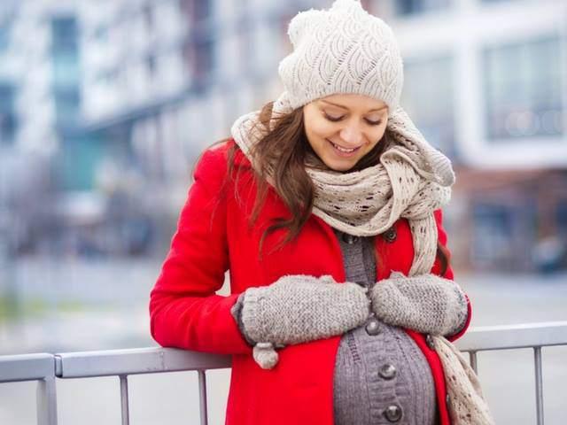 Trời lạnh, mẹ bầu cần tránh 7 điều này nếu không muốn con sinh ra bị dị tật
