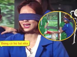 Ninh Dương Lan Ngọc khóc mếu bắt vịt giữa sóng truyền hình Tết