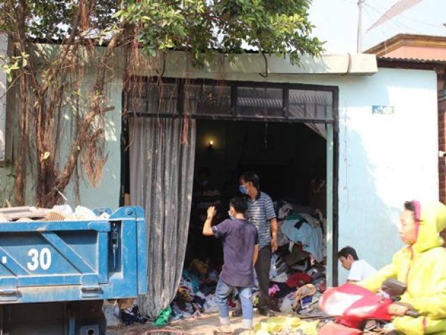 Con trai phát hiện cả bố và mẹ tử vong trong nhà khoá kín ngày 29 Tết