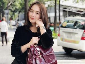 Vợ cũ Thành Trung lần đầu kể lại quãng thời gian 6 năm nơi đất khách, một mình nuôi con