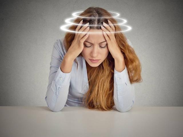 Mẹ bầu thường xuyên bị chóng mặt có đáng lo không?