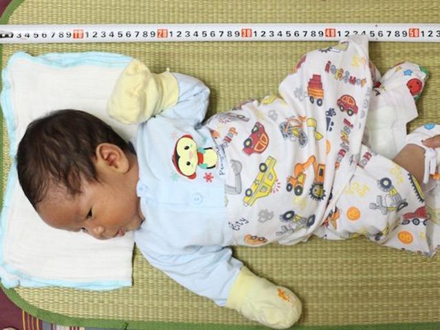 Bảng chiều cao cân nặng chuẩn của trẻ Việt Nam 2018, cha mẹ cần xem ngay!
