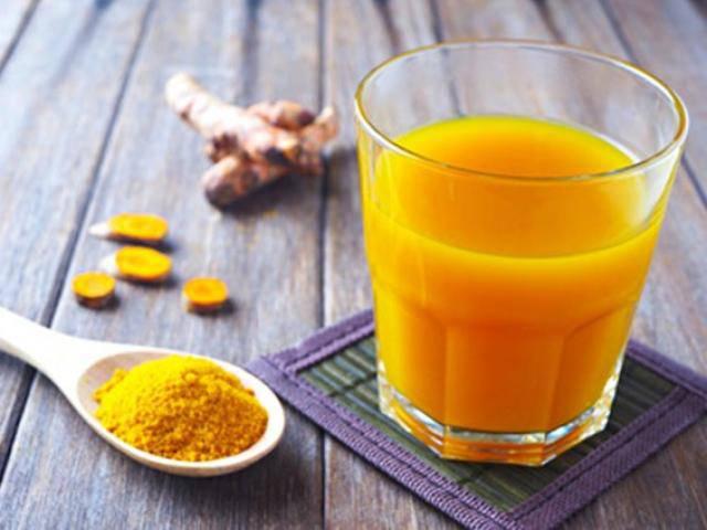 Thêm bột nghệ vào 3 món đồ uống mỗi ngày để cả đời không lo bệnh, sống khỏe tới già