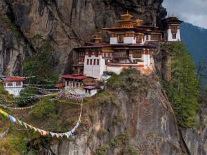 Mệt mỏi với cảnh chen lấn, hãy tới 6 ngôi chùa ở châu Á có chi phí du lịch rẻ
