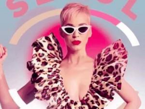 Làng mốt lại xôn xao khi Katy Perry tiếp tục ủng hộ NTK Công Trí