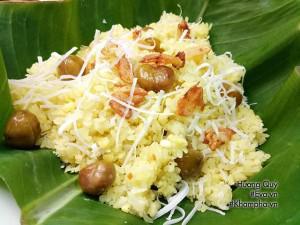 Vợ đảm vào bếp nấu xôi hạt dẻ đậu xanh cốt dừa béo bùi cho cả nhà ăn sáng