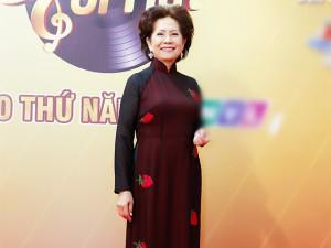 Bị con gái nghệ sĩ nổi tiếng xúc phạm, danh ca Phương Dung vẫn quyết định tha thứ