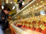 Tiêu dùng - Giá vàng hôm nay 2/3: Vàng trong nước đảo chiều tăng nhẹ, vàng thế giới tiếp tục giảm