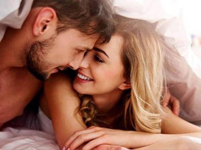 Phụ nữ cần hư thế nào để đốt nóng chuyện giường chiếu?
