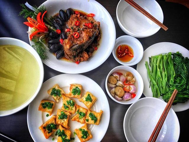 Chồng con ăn chay, vợ ăn mặn, nữ giảng viên vẫn nấu được những bữa cơm chiều lòng cả nhà