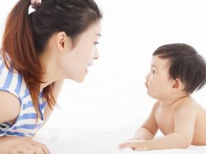 Tuyệt chiêu dạy trẻ sơ sinh nhanh biết nói, khiến cả nhà tự hào
