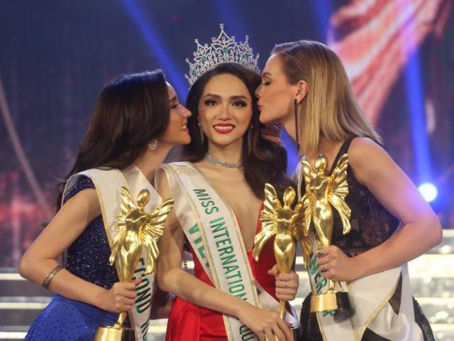 Hương Giang Idol làm Hoa hậu, cư dân mạng Việt Nam và quốc tế dậy sóng tranh cãi?