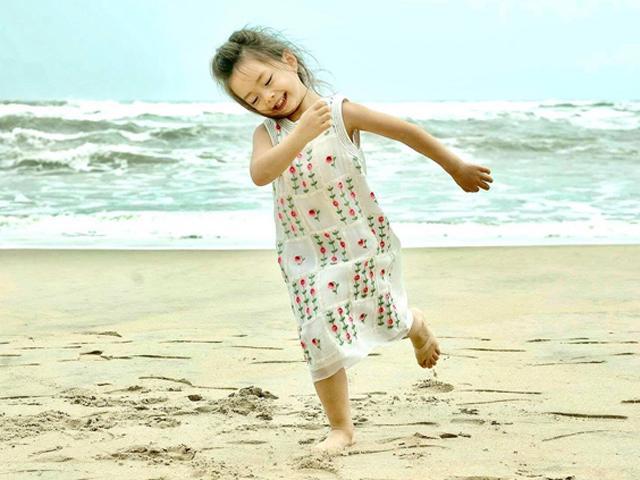 Từng khiến bao người mê đắm với vẻ đẹp lai, con gái Đoan Trang giờ ra dáng thiếu nữ rồi!