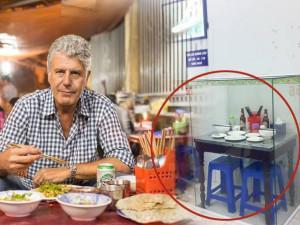 """Đầu bếp ăn bún chả cùng ông Obama chính thức lên tiếng về sự việc """"bàn ăn lồng kính"""""""