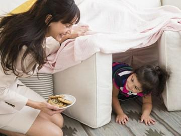 13 hoạt động chuyên gia khuyên cha mẹ nên làm mỗi ngày với con để bé thông minh