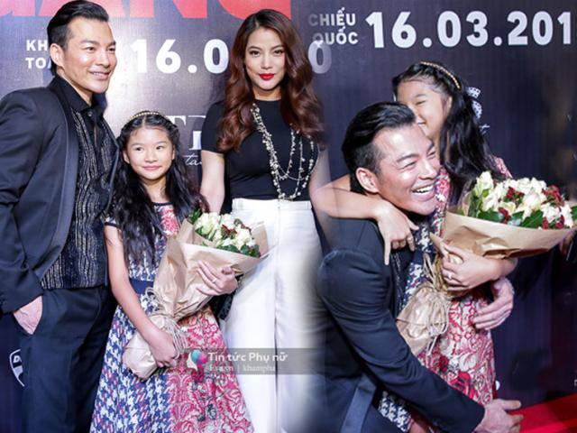 Trương Ngọc Ánh đưa con gái đến chúc mừng chồng cũ ra mắt phim mới