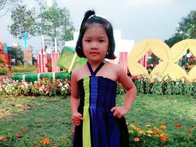 Bé gái 4 tuổi mất tích bí ẩn sau khi được người quen chở đi thăm mộ ông ngoại