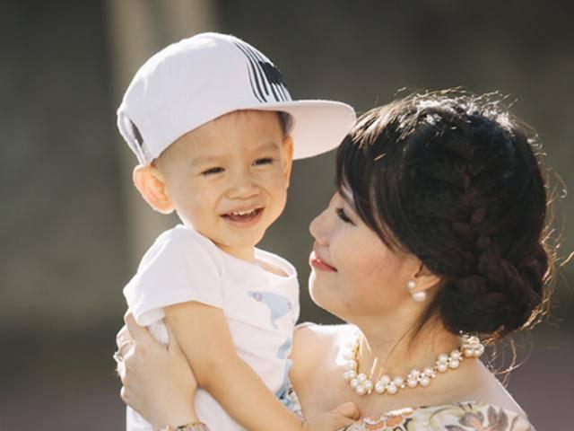 Câu chuyện về mũi vắc xin của người mẹ có con nằm viện từ lúc chào đời đáng suy ngẫm