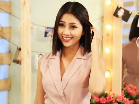 """Chỉ vì chưa lấy được chồng, Liêu Hà Trinh bị mẹ gọi là """"nỗi đau của gia đình"""""""