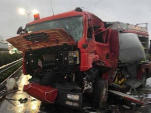 Tin tức 24h: Xuất hiện đoạn clip trước lúc xe cứu hỏa gặp nạn gây nhiều tranh cãi