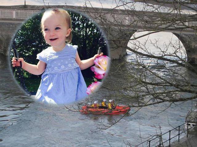 Đi tìm chiếc xe bị mất, mẹ đau đớn phát hiện con 3 tuổi và xe chìm nghỉm dưới sông
