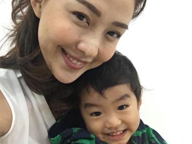 Bài học của mẹ Thái Lan khiến con trai chỉ thích đi học, không đòi xin nghỉ