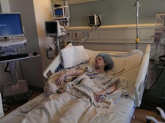 Cô gái trẻ nằm liệt giường suốt 35 năm chỉ vì một thứ không tưởng trong nhà