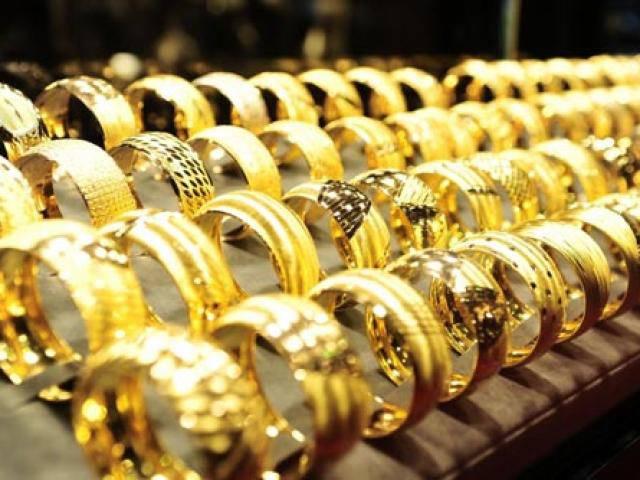 Giá vàng hôm nay 26/3: Giá vàng chững lại sau hai ngày cuối tuần sôi động