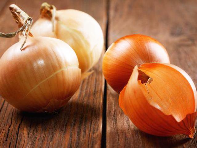 Ai cũng tiếc đứt ruột khi biết lợi ích của 6 thứ thường bị ném sọt rác trong rau quả