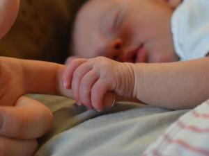 Những điều mẹ phải biết khi chăm sóc trẻ sơ sinh 1 tuần tuổi