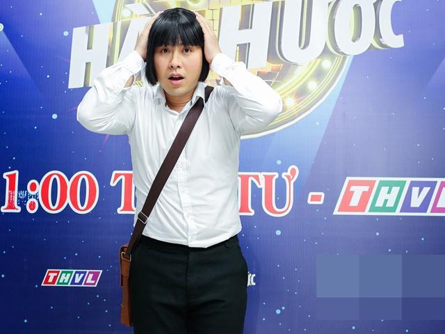 Cặp đôi hài hước: Ca sĩ Akira Phan làm khán giả cười đến mức không có cơ hội khép miệng